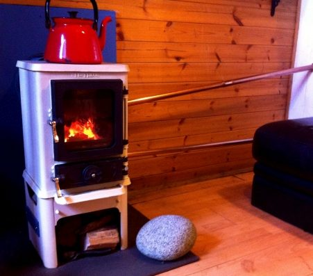 small stove back boiler hobbit on stand