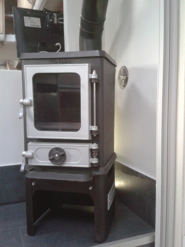 fitting small stoves in vans rv 39 s and trailers. Black Bedroom Furniture Sets. Home Design Ideas