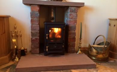 Small Woodburning Stove 15 efit hood hobbit stove