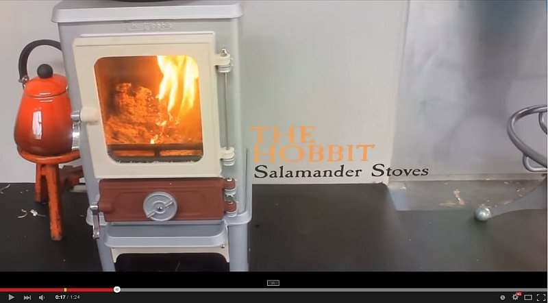 The small stove for small spaces the hobbit stove for Salamander stoves