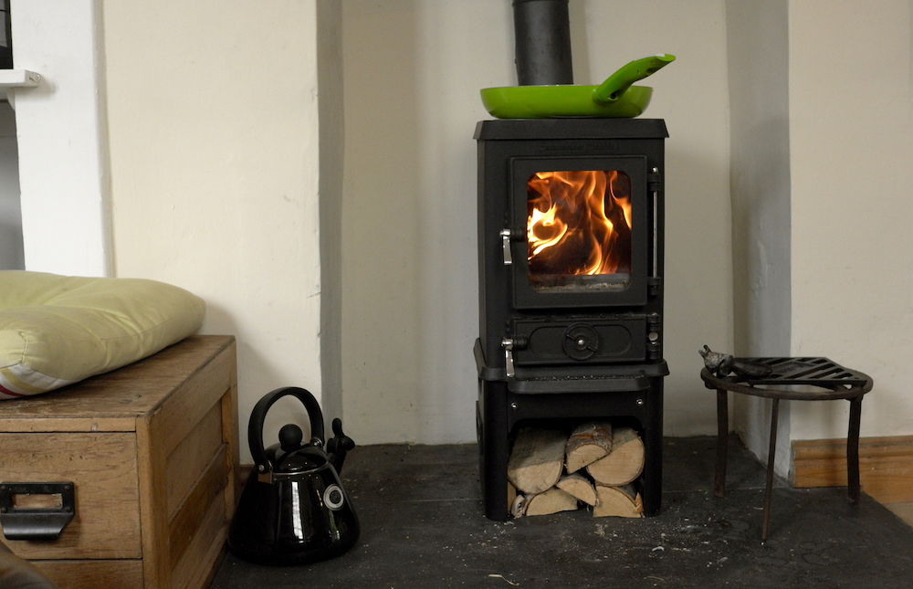 Cooking on a woodstove for Salamander stoves
