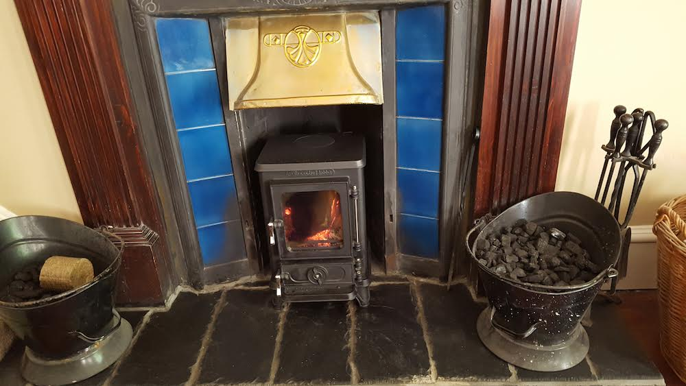 Small stove testimonial from alan in scotland we just for Salamander stoves