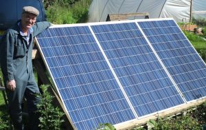 off grid solar power set up for a cabin or shed
