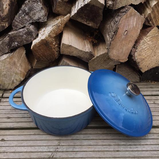 tiny stove cooking pot