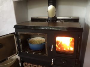 shepherds hut small stove
