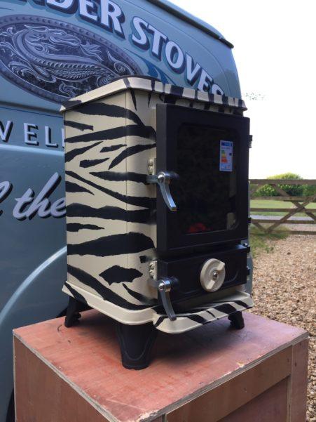 Tiny Stove - the Zebra Hobbit Stove