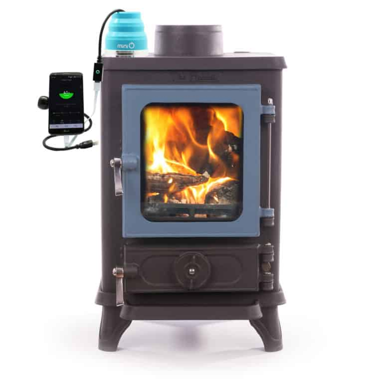 FREE MINI O THERMO ELECTRIC GENERATOR – Use fire and water to charge your phone