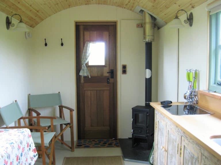 Shepherd's hut stove – The Salamander Hobbit in a shepherd's hut.