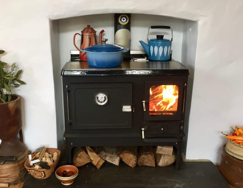 Small Wood Cook Stove Range Thumbnail