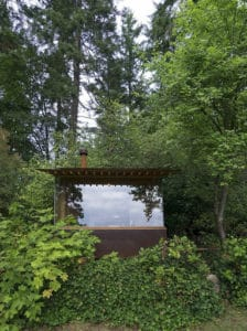 small-stove-in-a-cabin-designed-by-cutler-anderson-6
