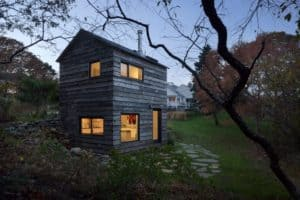 small-wood-stove-in-a-micro-cabin-7