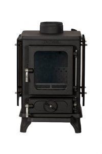 Small wood burning stove with heatshields 1