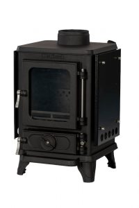 Small wood burning stove with heatshields 2