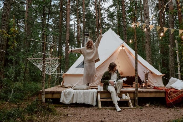 small-wood-burning-stoves-for-glamping-featured-image